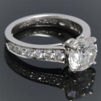 Edge diamond solitaire