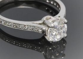 1.01ct diamond solitaire engagement ring
