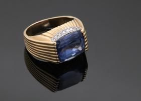 Bold 1940's Natural Sapphire and Diamond Ring