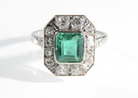 Art Deco Colombian emerald and diamond cluster ring