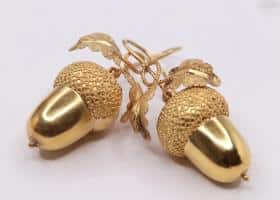 15kt Gold Acorn Earrings
