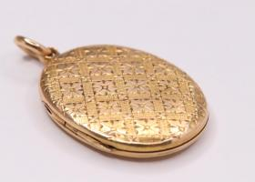 15kt Gold Victorian Locket
