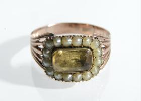 Early Victorian citrine and seed pearl cluster ring