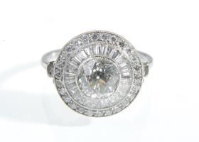 Vintage style diamond target ring in platinum