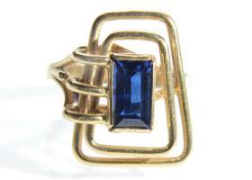 Irish Modernist blue synthetic spinel rectangular wirework ring