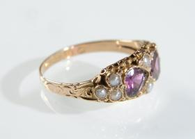 Antique Almandine garnet and pearl double heart ring