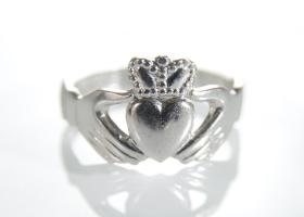 Contemporary Irish platinum Claddagh ring