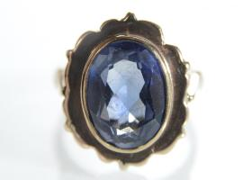 Vintage synthetic sapphire dress ring in 9kt yellow gold