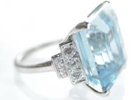 Art Deco style 25.50ct aquamarine and diamond ring in 18kt white gold