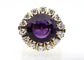 Impressive retro amethyst and diamond cocktail ring in 18kt yellow gold