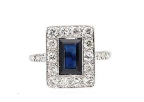 Art Deco sapphire and diamond rectangular cluster ring in platinum