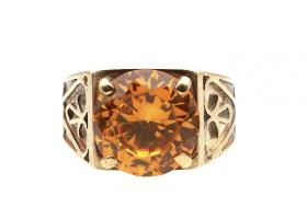 Vintage orange cubic zirconia and 9kt yellow gold Celtic design ring