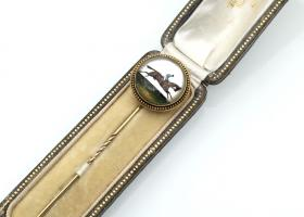 Antique Essex crystal horse and jockey stick pin in gold