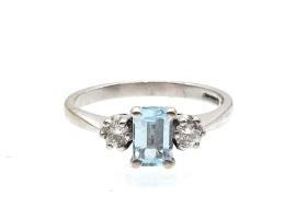 Aquamarine and diamond three stone ring in 18kt white gold