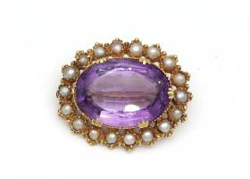Antique oval amethyst and seed pearl brooch in gold