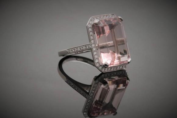 14ct Morganite and Diamond Ring