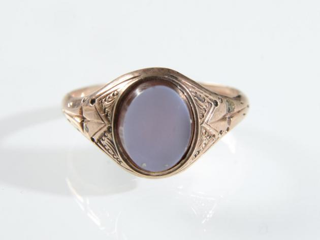 Antique rose gold and oval sardonyx signet ring