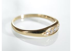 Edwardian diamond five stone ring in 18kt yellow gold