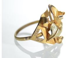 Art Nouveau Calla lily dress ring in 18kt yellow gold