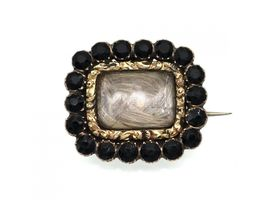 1828 jet and hair mourning brooch/pendant in rose gold