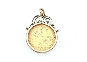 Edwardian 1907 half sovereign coin pendant in gold