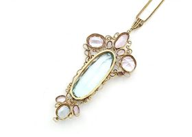 Arts and Crafts aquamarine and pink topaz pendant in yellow gold