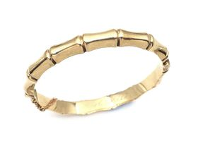 1960 9kt yellow gold hollow bamboo hinged bangle