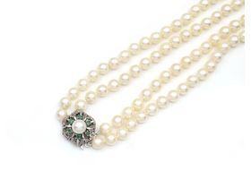 Vintage double strand cultured pearl necklace with 14kt white gold clasp
