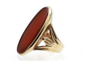 Vintage 9kt yellow gold carnelian dress ring