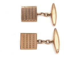 Vintage square and torpedo chained cufflinks in 9kt gold
