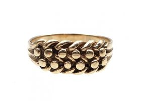Antique 9kt yellow gold 'keeper' ring