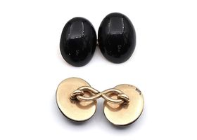 Victorian oval onyx double dome cufflinks in 9kt gold