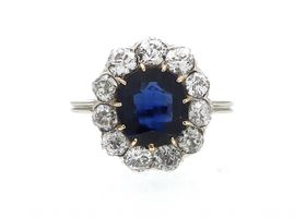 Austro-Hungarian sapphire and diamond oval cluster in 14kt white gold