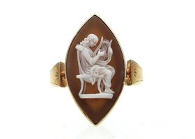 1870s marquise shell cameo ring in 18kt yellow gold