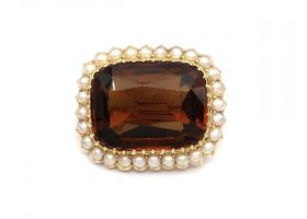 Victorian citrine and seed pearl cluster brooch in gold