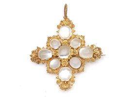 1860s moonstone cluster and cannetille gold brooch/pendant