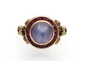 Belle Epoque moonstone and ruby target ring in 18kt gold