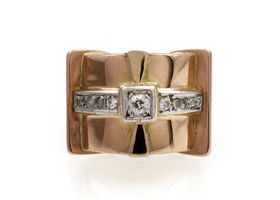 1940s diamond set cocktail ring in 18kt gold