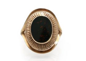 Vintage oval bloodstone dress ring in 9kt yellow gold