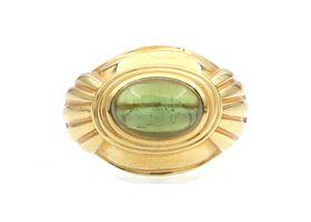 Boucheron Jaipur collection peridot ring in 18kt yellow gold