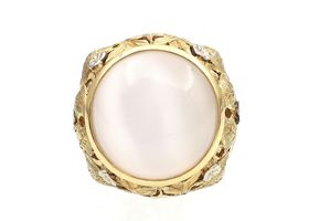 Art Nouveau 18kt yellow gold and moonstone bombe cocktail ring